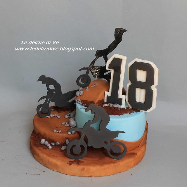 MOTO CROSS CAKE TOPPER