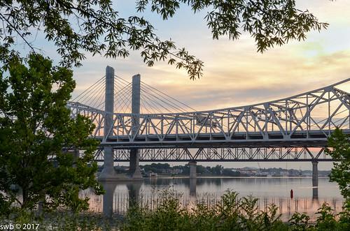 abrahamlincolnbridge bridge kennedybridge louisville ohioriver seasonsweather structures sunrise