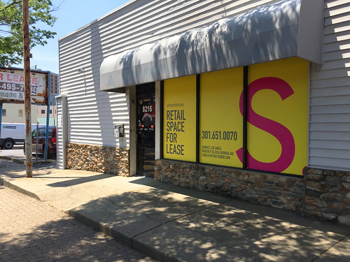 Former Joe's Record Paradise for Lease