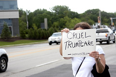 Protest at Fundraiser for Illinois Governor Bruce Rauner Rosemont 6-19-17 103