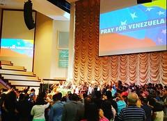Oracion por #venezuela al cierre del servicio en nuestra iglesia, #prayforvenezuela