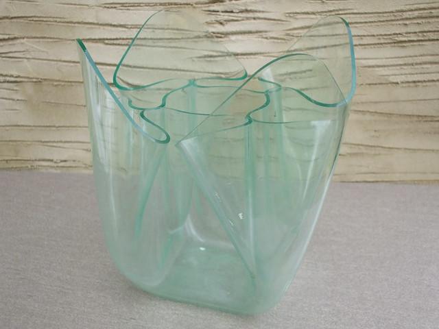 Vintage Mid Century Modern Perspex Handkerchief Vase