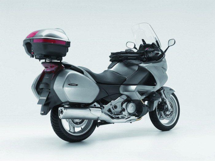Honda NT 700 V DEAUVILLE 2009 - 35