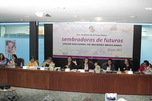 Presentación del libro: Sembradoras de futuros 13/jun/17