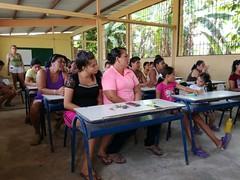 Alcaldía de Chone inauguró cursos de manualidades en dos sectores de Chone