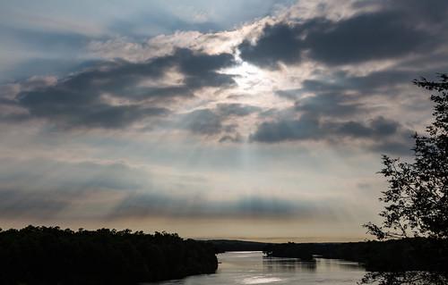 bendintheriver bendintheriverregionalpark bentoncounty minnesota mississippiriver rice clouds raysofsun river storm sun sunset unitedstates us