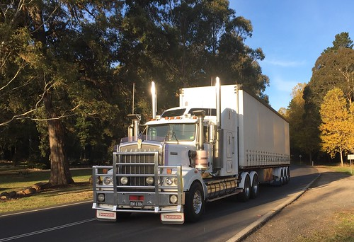 KENWORTH at Black Springs, NSW