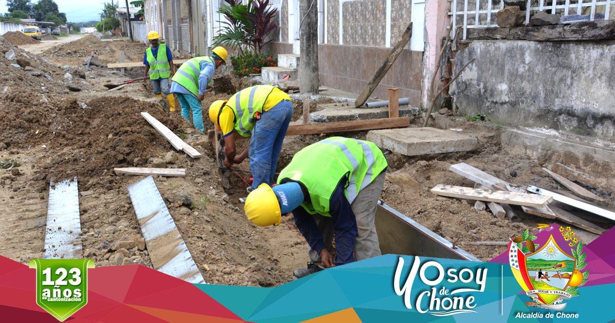 Iniciaron los trabajos en la calle Ítalo Colamarco Intriago