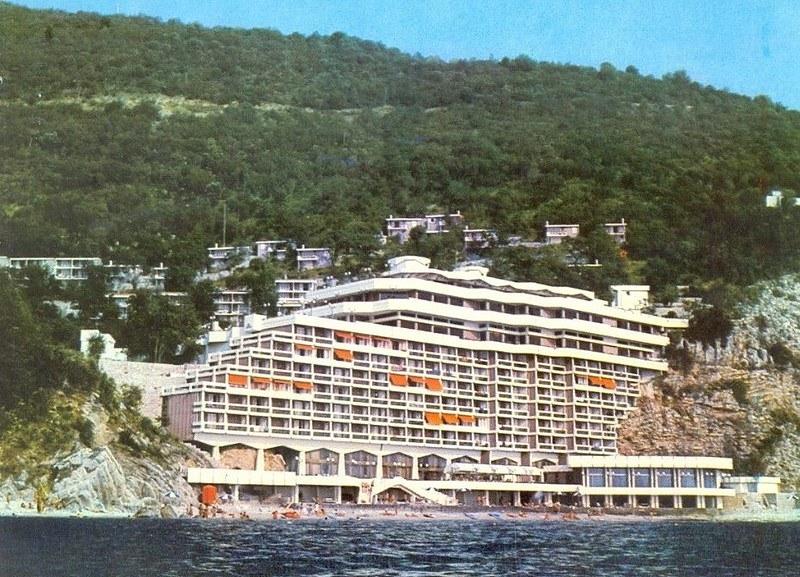 """Отель """"AS"""" после постройки"""