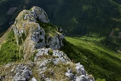 Monte Catria per la Costa del Corno e Balze degli Spicchi (Appennino pesarese)