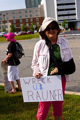 Protest at Fundraiser for Illinois Governor Bruce Rauner Rosemont 6-19-17 080