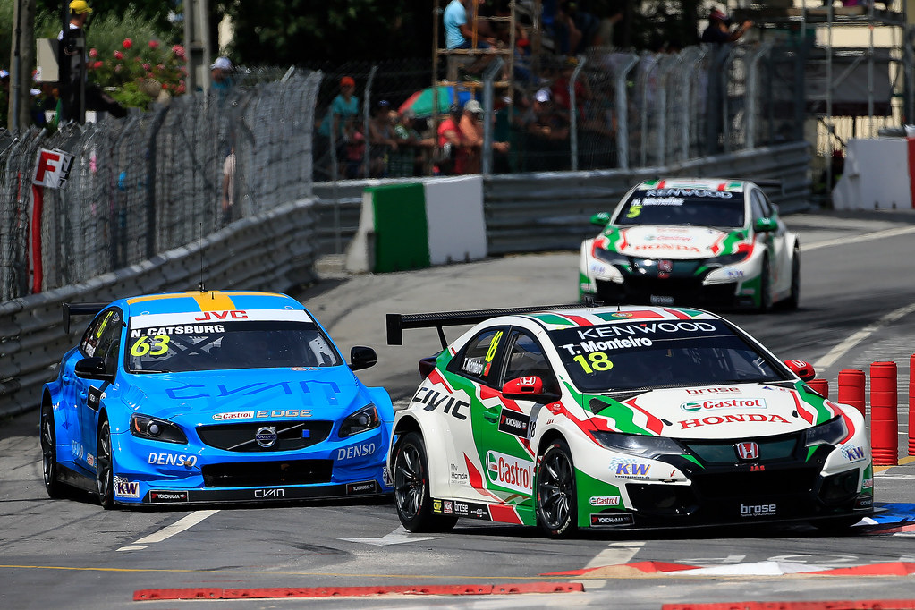 18 MONTEIRO Tiago (prt) Honda Civic team Castrol Honda WTC action 63 CATSBURG Nicky (ned) Volvo S60 Polestar team Polestar Cyan Racing action during the 2017 FIA WTCC World Touring Car Championship race of Portugal, Vila Real from june 23 to 25 - Photo Paulo Maria / DPPI