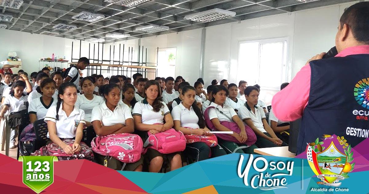 Continúa campaña de orientación ambiental a estudiantes y maestros