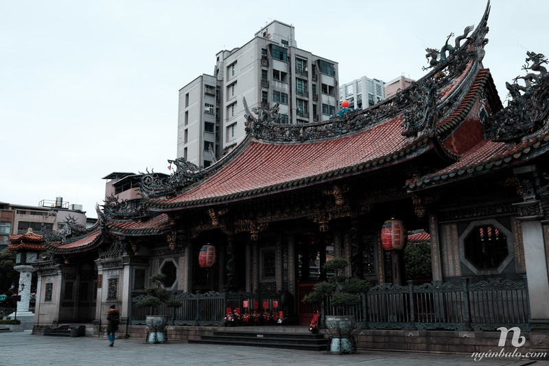 Tham quan Đài Bắc - Đài Loan - Chùa LongShen