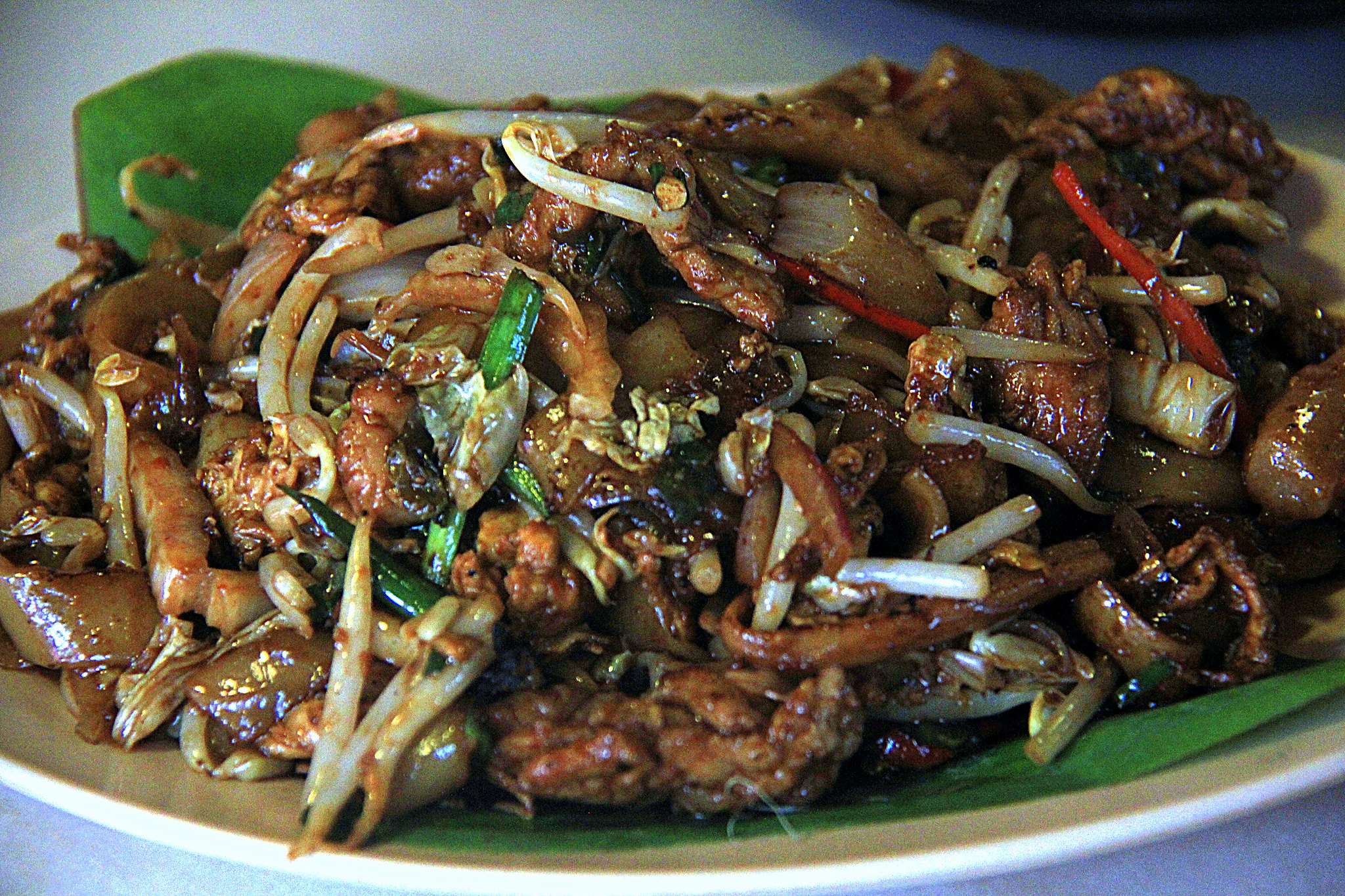 Food in Kuala Lumpur Chinatown is a blend of Chinese and Malay cooking