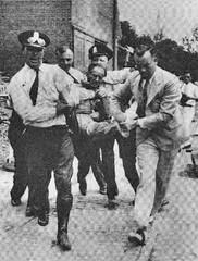 Bonus Army evicted on Pennsylvania Avenue: 1932
