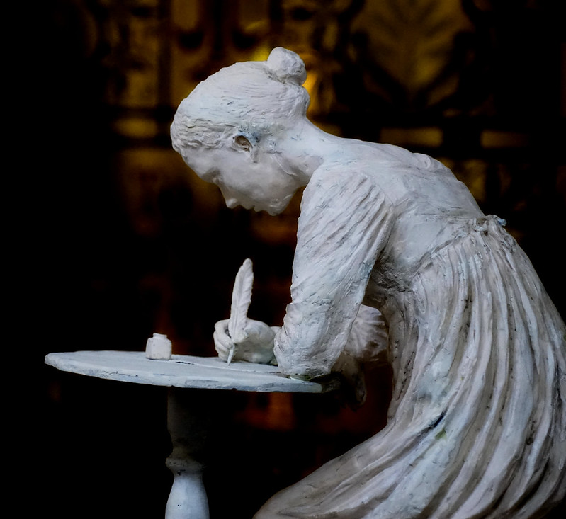 Jane Austen sculpture at Winchester Cathedral (2)