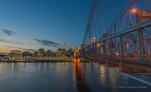 nikon d800 nikkor 1424mm downtown usa cincinnati ohio covington kentucky roebling bridge suspension