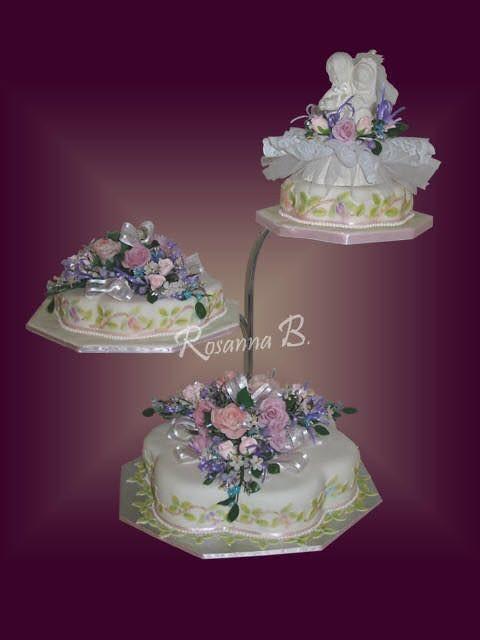 Roses Cake by Bayer Iris of Elegantlittlethings