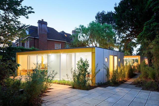 prefab 1960s harvard design London Wimbledon House pavers side
