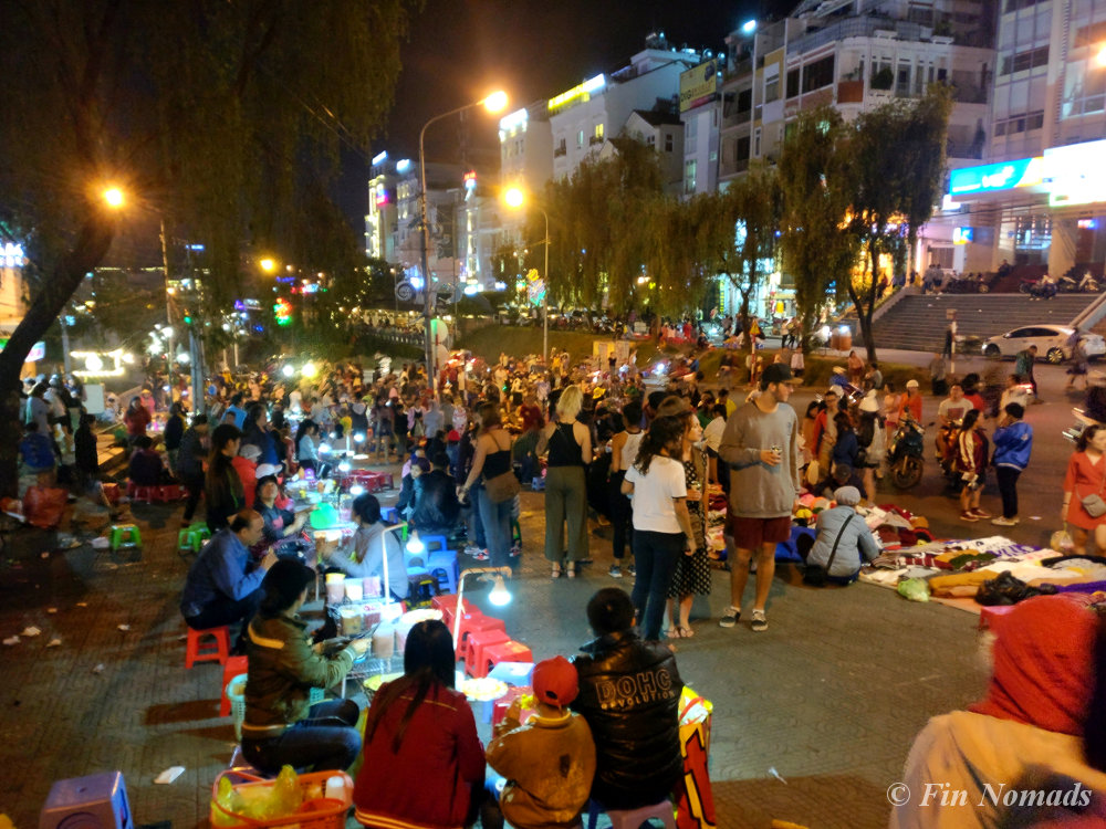 dalat-night-market