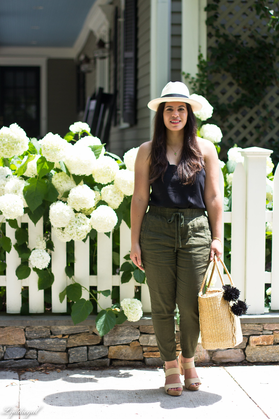 green linen pants, scalloped cami, panama hat, straw tote-10.jpg