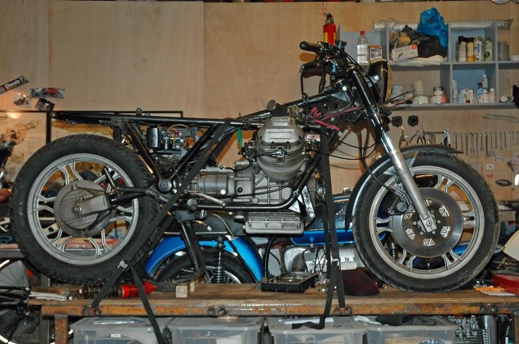 Moto Guzzi SP 1000 - 1983 - Page 4 35030915603_d6937ffedc_b
