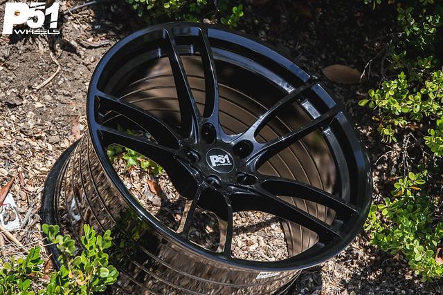 P51 101RF Gloss Black