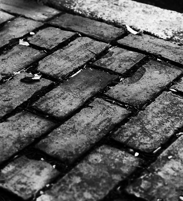 Onyx brick road