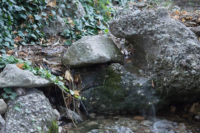 Λίγη δροσιά.. από την κοιλάδα της Ψίνθου (2017)