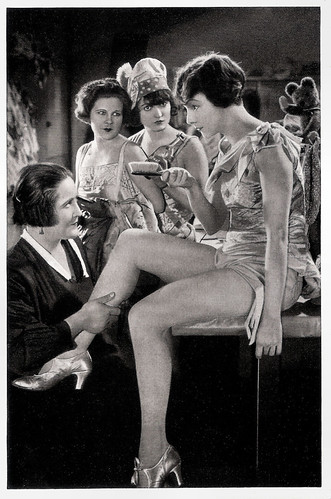 Dina Gralla in Das Girl von der Revue (1928)