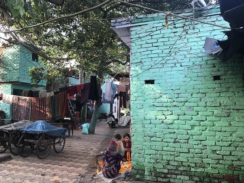 City Hangout - Riverside Ghat, Yamuna Bazaar