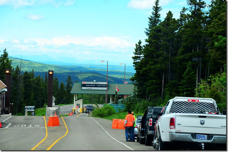 Chief Mountain border crossing 2