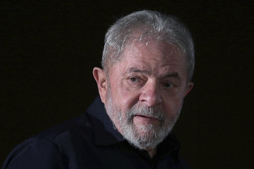 Lula é condenado a 9 anos por corrupção passiva e lavagem de dinheiro, Brazil Corruption Probe
