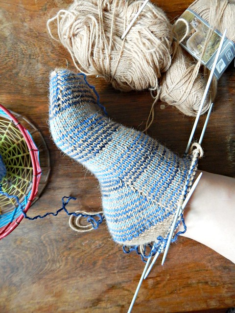 носок на ноге | sock on foot