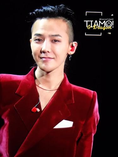 G-Dragon ACT III MOTTE in Seoul 2017-06-10 (17)
