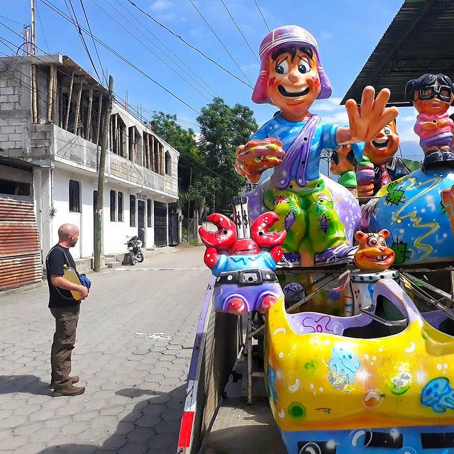 Here comes feria!! San Pedro la Laguna, Guatemala. . #locationindependent #guatemala #feria #travel