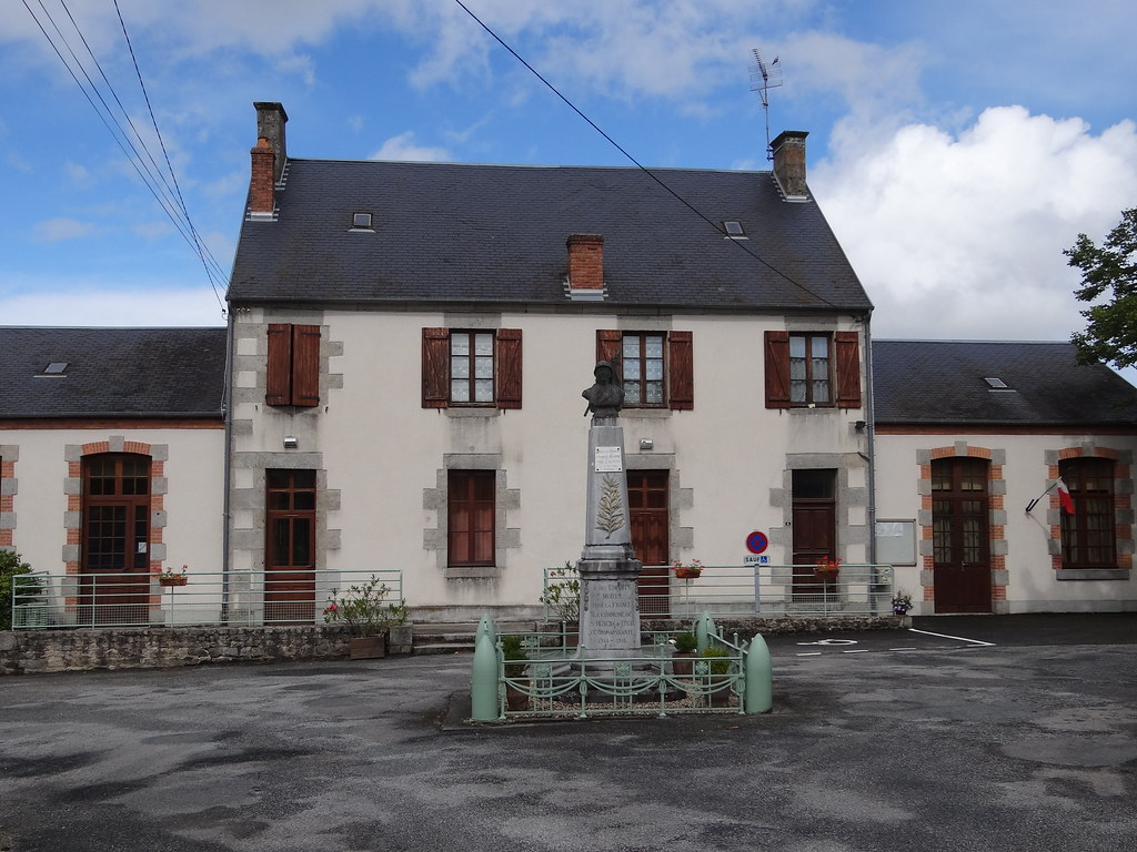 Poiti re france around guides for Auberge maison rouge annemasse