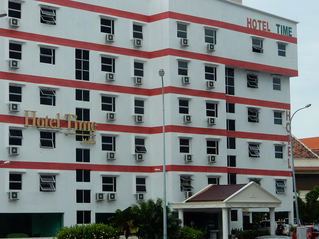 Hotels Near Hatten Square, Malacca - Top 10 Hotels by
