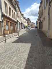 Rue Févret, Semur-en-Auxois - towards Place Notre Dame