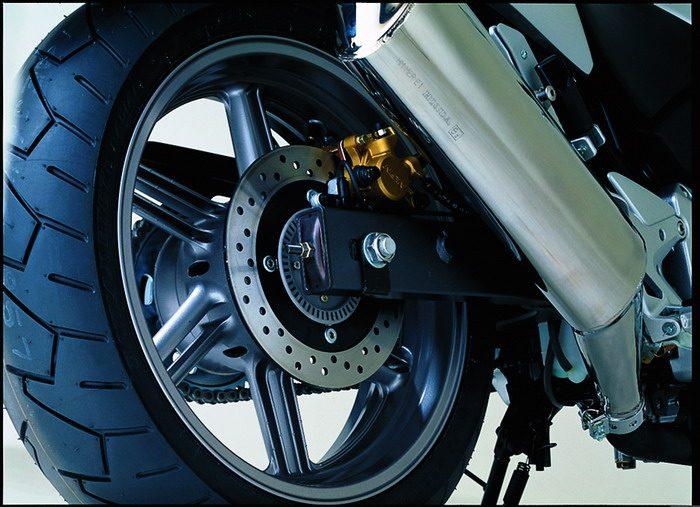 Honda CBF 500 2004 - 14