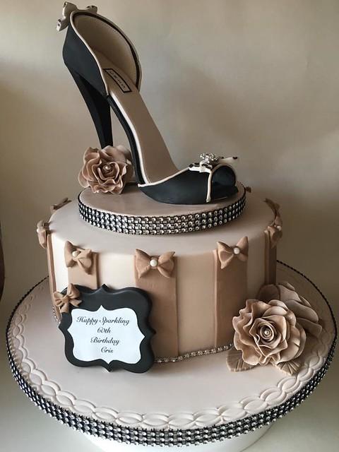 Cake by Lisha Cole of LS.Cakery