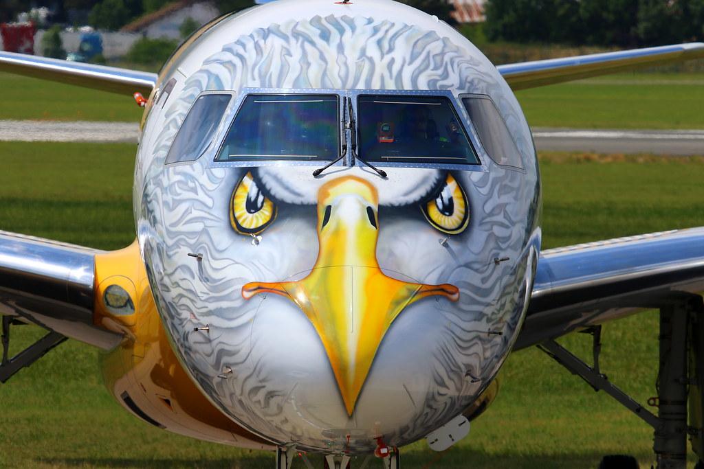 """Embraer E-195-E2 (ERJ 190-400 STD) """"Profit Hunter"""" PR-ZIJ"""