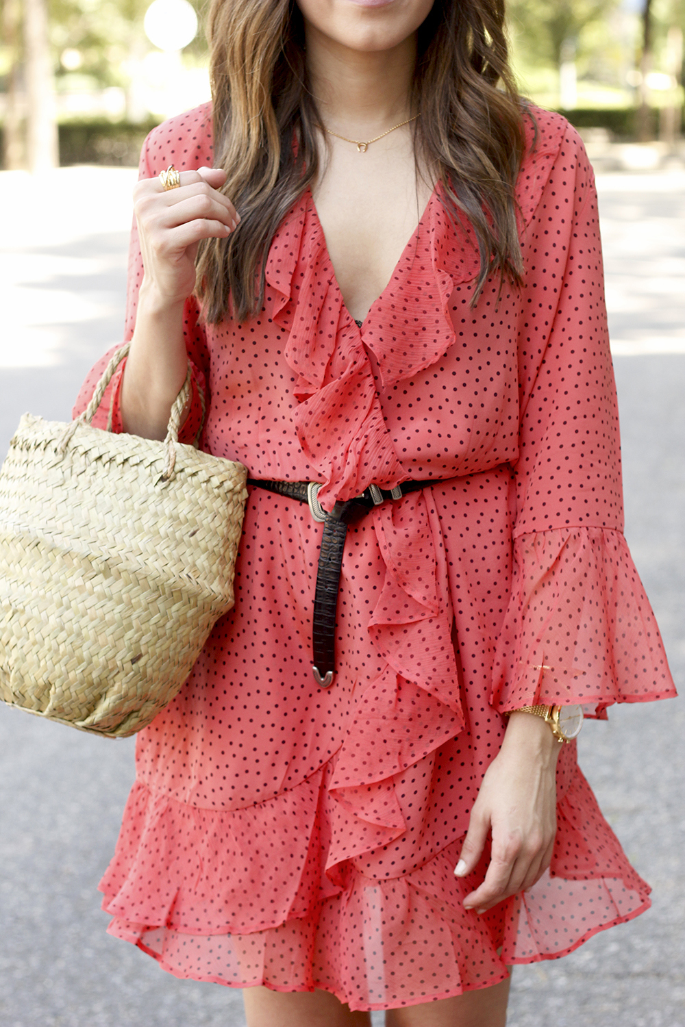coral dress with dots and frills uterqüe black heels summer outfit style fashion13