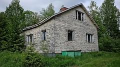Former hunting cottage