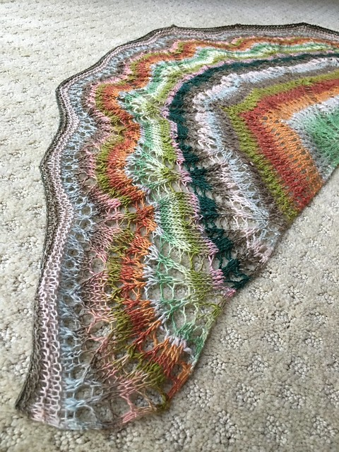 Finished 22 Leaves Shawl