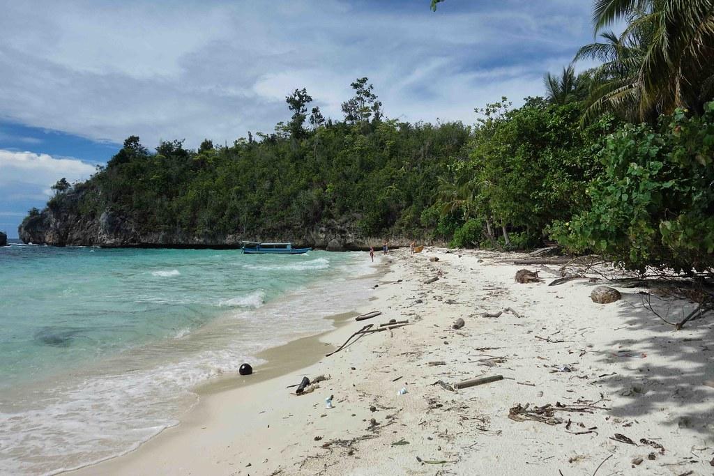 Togian - Karina Beach 2
