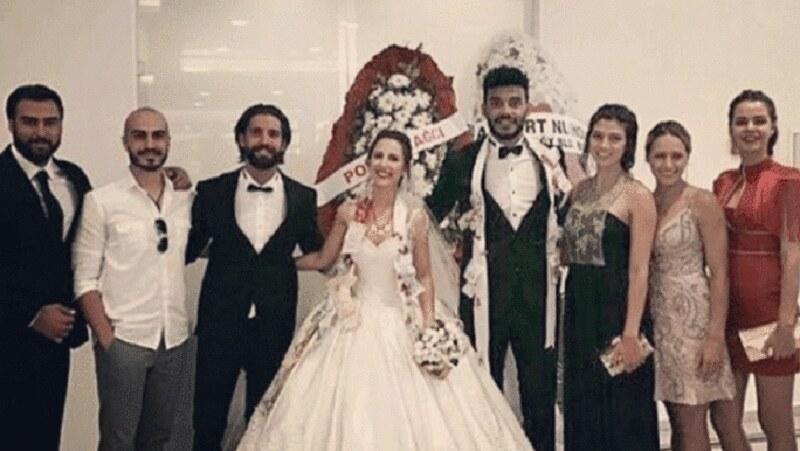 Efecan Dianzenza evlendi