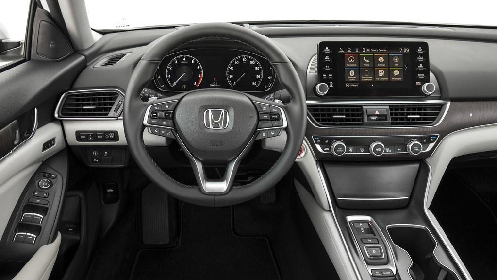 2018-Honda-Accord-5