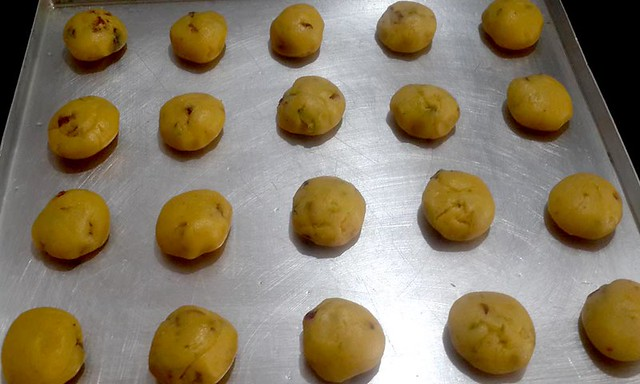 Cookies dough balls